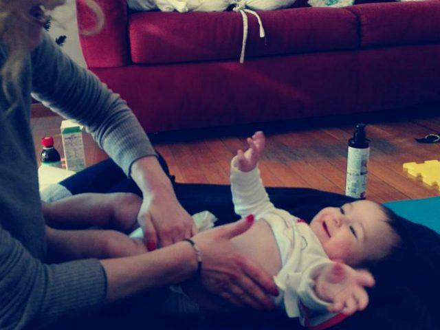 L'esperienza del massaggio infantile, un'occasione per rilassarsi insieme