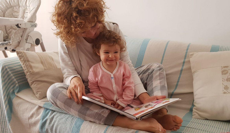 """""""Che cosa hai fatto oggi, mamma?"""", un libro speciale che i vostri bambini sfoglieranno e…canticchieranno!"""