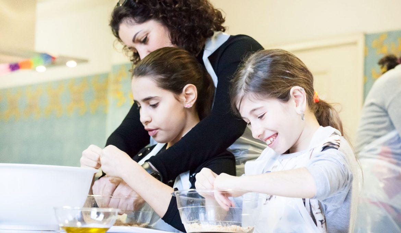 """""""La pentola di Aladino"""": corsi di cucina per genitori e figli e…tanto altro!"""