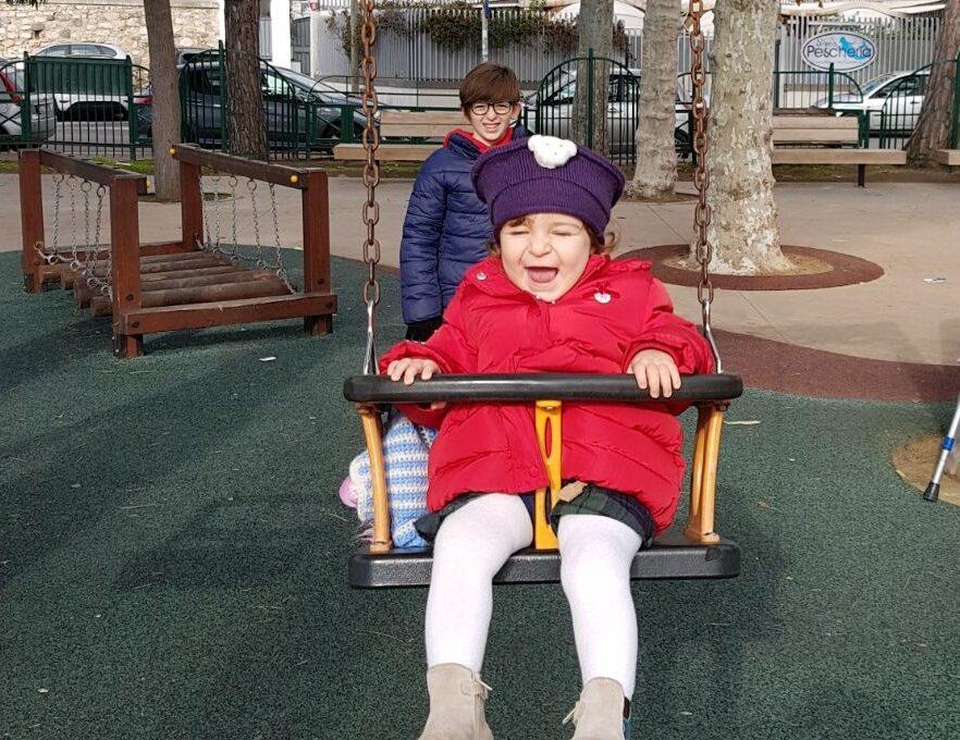 Bambini liberi di giocare all'aperto = bambini più felici e in salute!